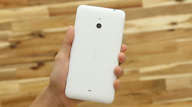 Spesifikasi Microsoft Lumia 1330, Phablet 4G LTE Windows Phone 8.1 Kamera 14 MP PureView